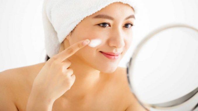 Không nên rửa mặt sau khi vừa đi spa về