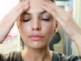 Những mẹo skincare da mặt nhờn lỗ chân lông to hàng ngày