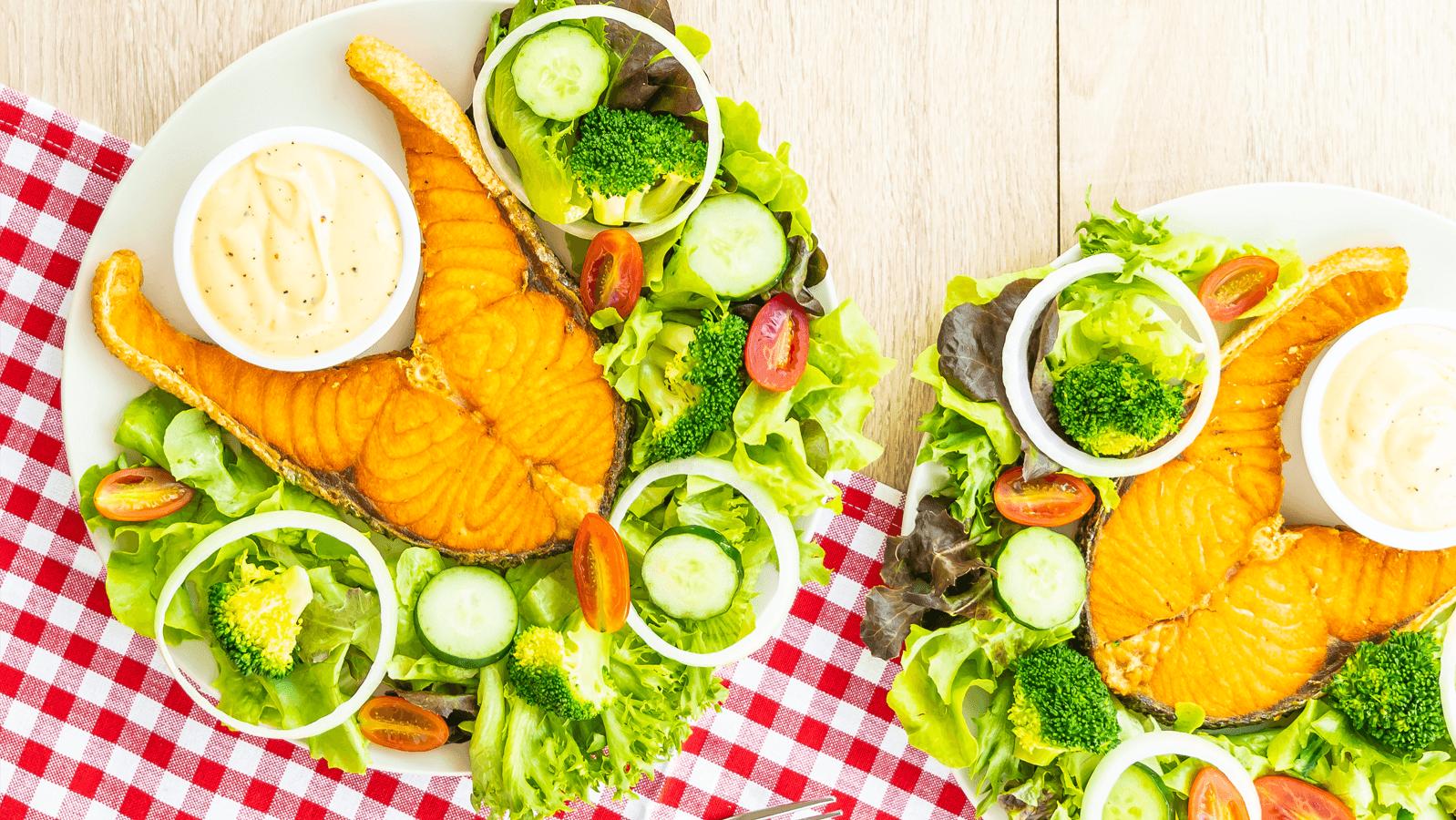 Khác với chế độ ăn kiêng khác là bạn cần ăn lượng chất béo nhiều hơn