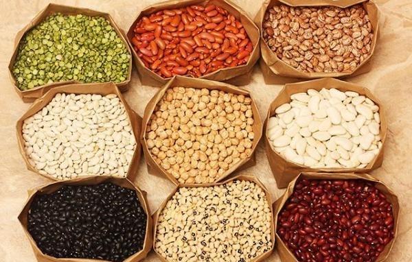 Trong hạt đậu chứa nhiều protein, giàu canxi, kali, kẽm, vitamin B6