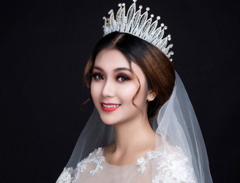 Trang-diem-co-dau-nhe-nhang-tu-nhien